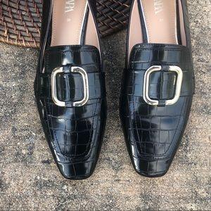 ZARA Black Animal Embossed Loafers Buckle Size 39